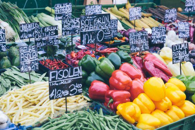 Kulinarische Stadtführung – Marktstand