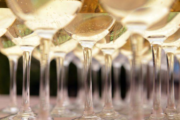Schaumwein-Tasting Wien – Champagner in Gläsern