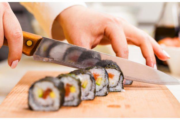Sushi-Kochkurs Wien – Sushi schneiden