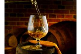 Whiskey Tasting in Wien – Whiskey einschenken
