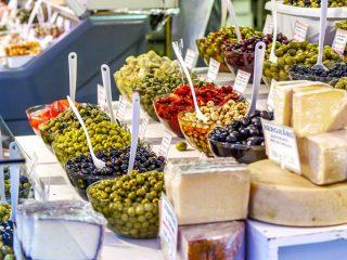 Kulinarische Stadtführung Wien Picknick auf dem Naschmarkt