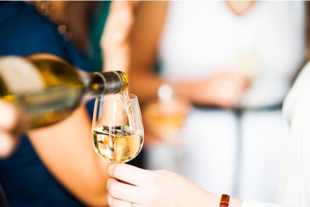 Weinseminar Wien – Chardonnay einschenken
