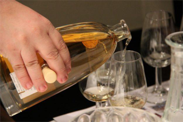 Gin-Tasting Wien – einschenken