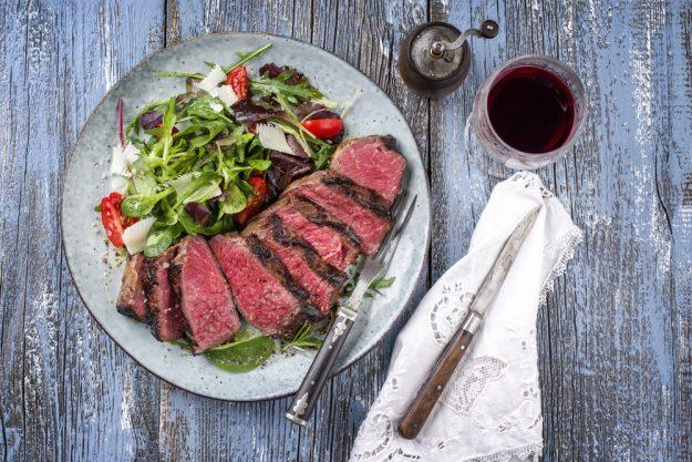 Stea-Kochkurs Wien – Steak mit Salat