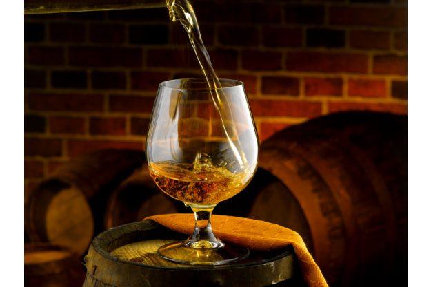 Whiskey Tasting in Wien – Whiskey einschenken