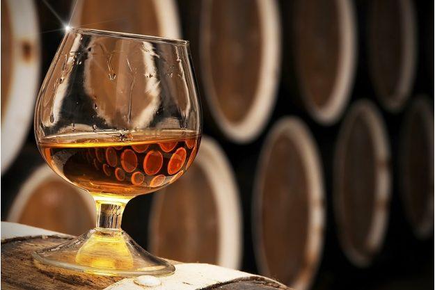Whiskey-Tasting Wien – Bourbon mit Fässern