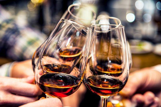 Whiskey Tasting in Wien – Verkostung und anstoßen